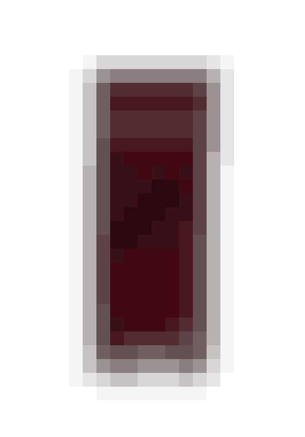 HalstørklædeDet er altid godt med et farverigt tørklæde til at pifte et outfit op - og den røde nuance giver et varmt input til de kolde dage.Ganni, 'Woollen Accessories Scarf', 699 kr.Købes online HER