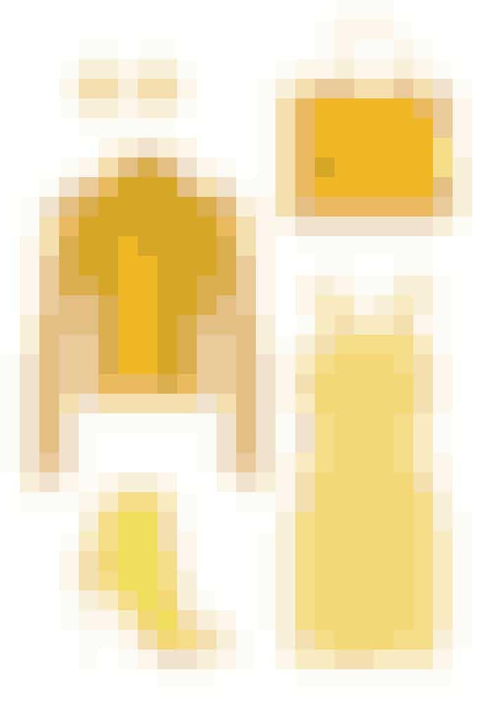 SKARP GULDen gule farver har været oppe og vende tidligere sæsoner, men denne gang var den en kende mere uundgåelig. Denne helt rigtige nuancer er simpelthen smuk og passer fantastisk med den mere klassiske navy. Sørg for at den gule nuance er skarp, og den blå er dyb, så har du dig en ret fed farvekombination.Øreringe, Givenchy: 2.535 kr. Fås online HERJakke, Lagum: 3.563 kr. Fås online HERStøvle,Christian Louboutin: kr. Fås online HERTaske,Saint Laurent: 17.633 kr. Fås online HERKjole, Blamain: 6.256 kr. Fås online HER