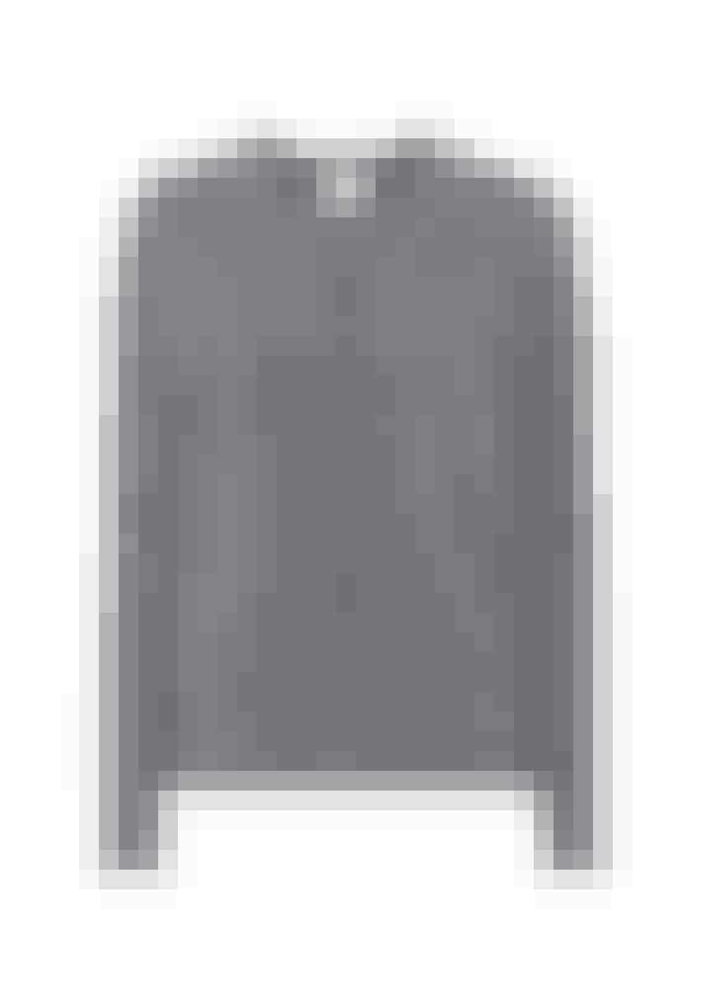 Når det bliver køligere hen mod aftenen er det altid godt at have en ekstra trøje med til at tage over skuldrene. En cardigan vil egne sig godt til dette, da den både kan stå åben, men også kan lukkes hvis det bliver lidt ekstra koldt.Jardin Des Orangers 2.225 kr.Købes online HER