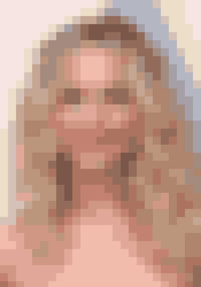Den klassiske beauty-regel siger, at man ikke må fremhæve både øjne og læber. Men indimellem er regler til for at blive brudt! Jennifer Lawrence gik efter et dramatisk look på den røde løber.