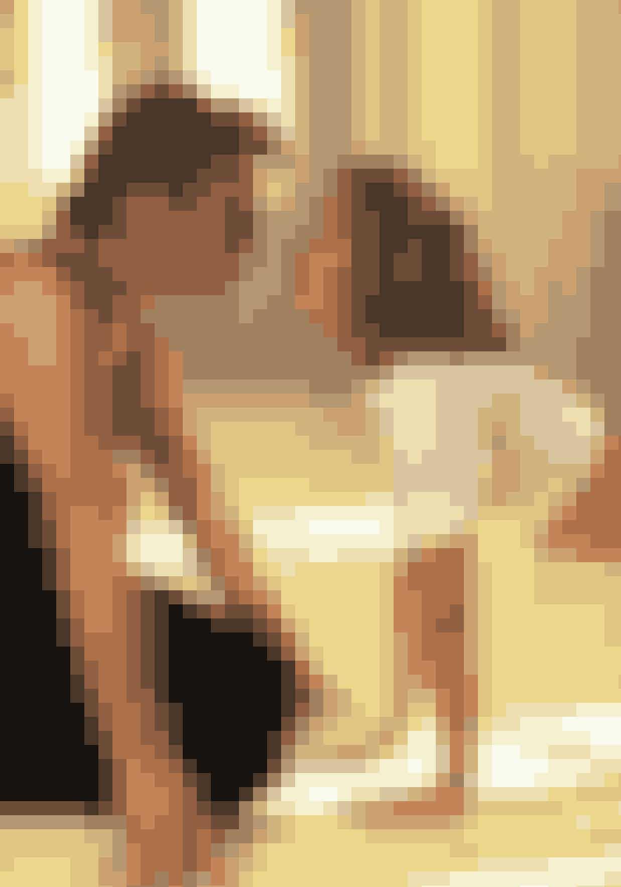 Jennifer Grey og Patrick Swayze – Dirty DancingDirty Dancing er en af de mest ikoniske dansefilm, men Patrick Swayze, der spillede Johnny, var tilsyneladende ikke helt vild med Baby i virkeligheden. Swayze har bekræftet, at han slet ikke brød sig om Greys måde at arbejde på. Han mente nemlig, at hun ikke tog arbejdet seriøst nok, hvilket, ifølge Swayze, førte til at de måtte tage mange scener om. Swayze har også kritiseret Grey for at være alt for følsom og ude af stand til at tage imod kritik.