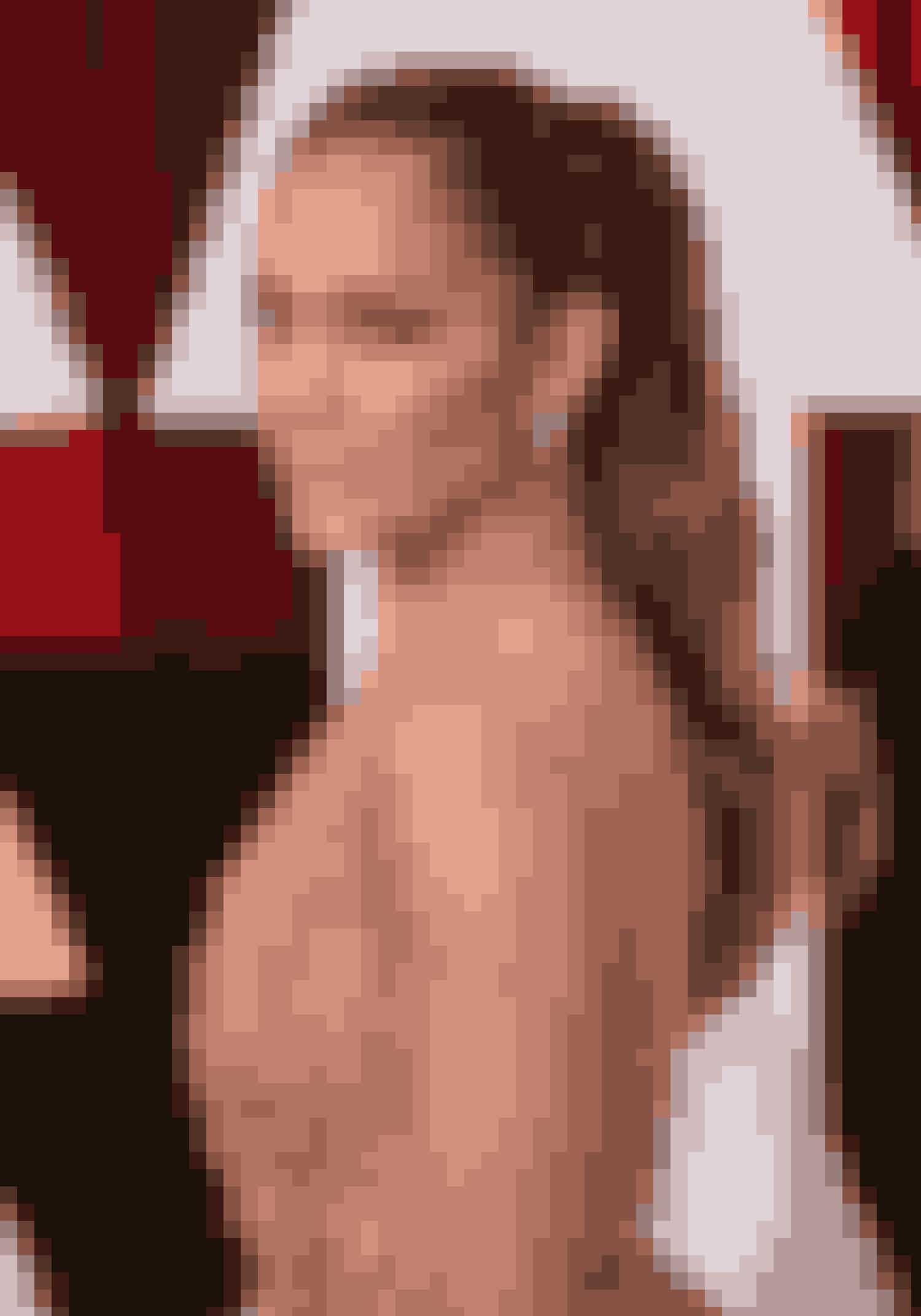 Jennifer LopezTil det 87. Oscar show i 2015 bar den smukke sangerinde en høj hestehale med naturligt fald. Hun beviste, at en klassiske hestehale går fint – eller mere end det – sammen med en overdådig gallakjole.