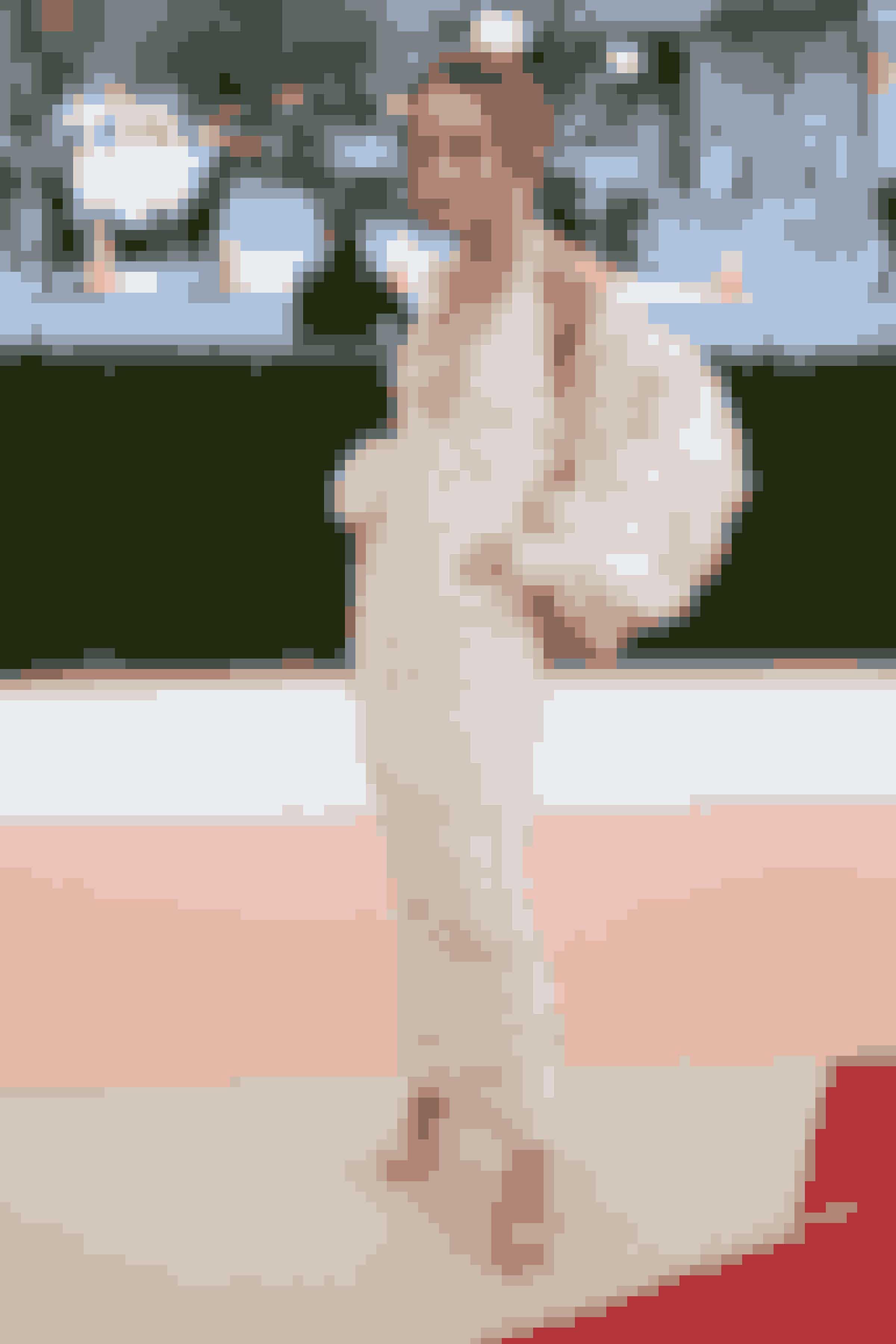 Lily-Rose Depp, hvis forældre er Johnny Depp og Vanessa Paradis, i Chanel.