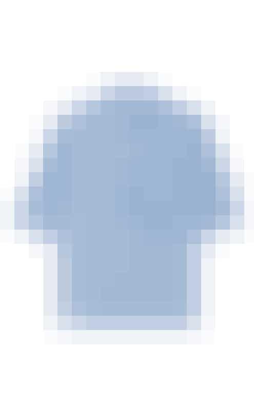 SkjorteJeg er bare vild med skjorter, og har op til flere blå hængende i skabet, fra de lyseblå til de mørkeblå med striber, prikker eller tern. Jeg har dog ingen der ligner denne, med den skønne detalje ved lommen, som bare ikke er til at stå for.Skjorte, Marni hos Net-a-porter.com, 3.425 kr.Fås online HER