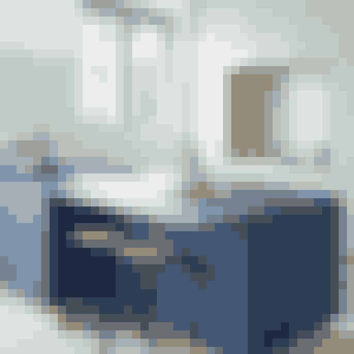 Skræddersyede og unikke snedkerkøkkener leveret af den danske designer Nicolaj Bo. Hos ham kan du få specialbygget lige præcis det køkken, du drømmer om. Find dem her!