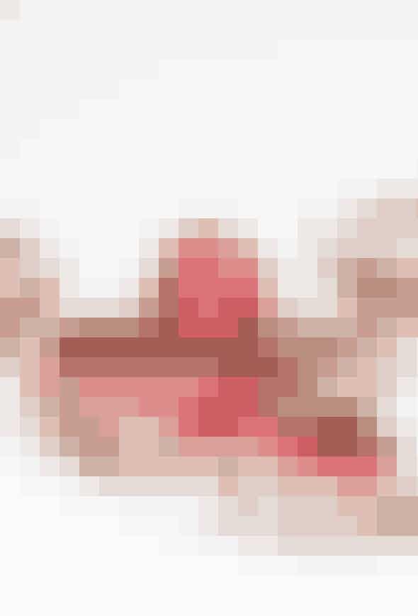 Se opskriften på hindbær-petit four