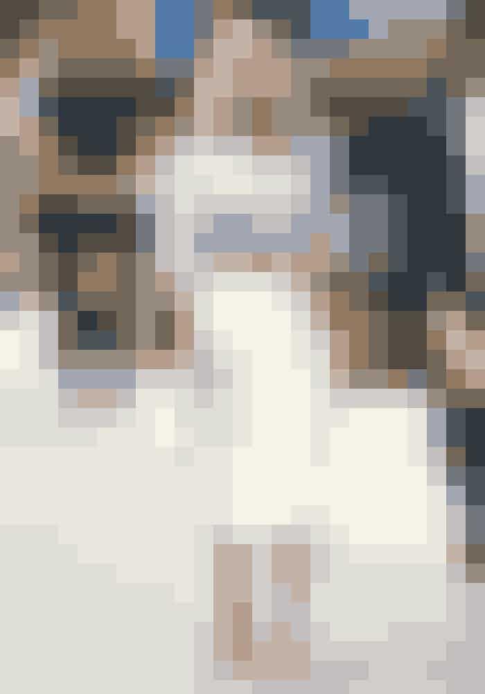 De fleste kender hende som den altid fashionable og lidt forvirrede Carrie fra 'Sex and the City'. Det er dog ikke kun i serien, at hun fremstår som den tjekkede new yorker, hvor intet er overladt til tilfældighederne. Til hverdag er Sarah Jessica Parker et stilikon, og hun er kendt for sine outfits, hvor hun ikke er bleg for at mikse print og farver.
