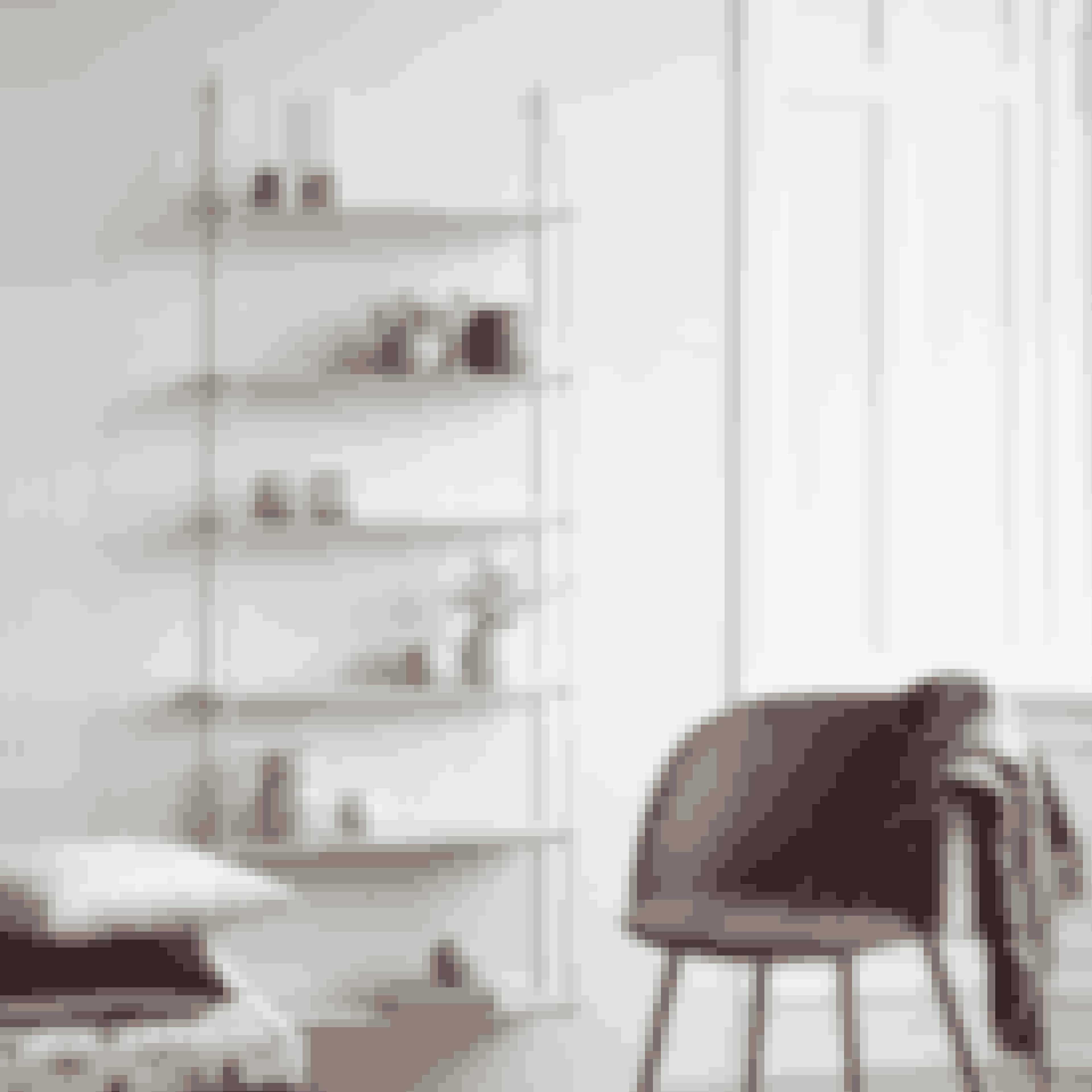 Den eftertragtede dekorationshylde er tilbage i en ny og større version. Hæng den ude i dit køkken til opbevaring eller inde i stuen - på den måde kan du fremvise alle dine yndlingsting.Dekorationshylde, 318 kr.