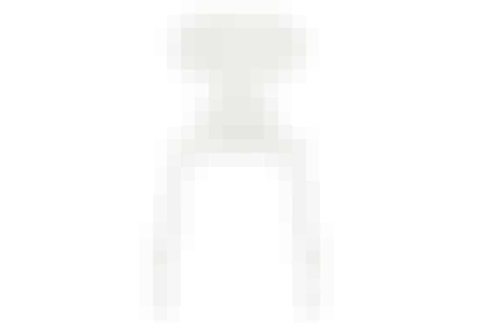 Myren-stolen designet af Arne Jacobsen og produceret af Fritz Hansen, 2551 kr. Køb den her!