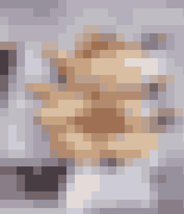 Mums! Er der noget bedre end en ristet hotdog? Specielt ikke, når vi taler om gourmet-udgaven. Her får du opskriften på kvalitets-hotdogs, som du kan toppe med syltede rødløg.