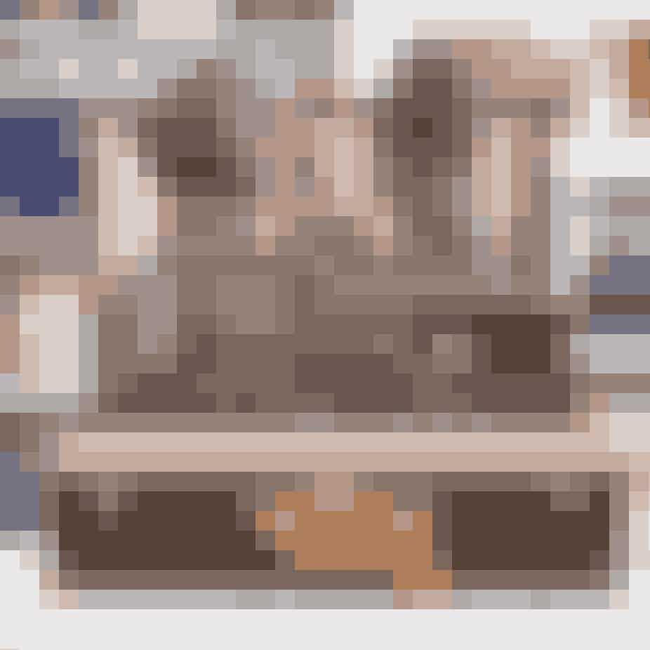 Yoogi's ClosetDu er i gode hænder på Yoogi's Closet, der er en onlineplatform, der sikrer ægtheden ved, at sælgeren sender sin taske ind, hvorefter den bliver undersøgt, fotograferet og placeret på platformen, hvis den lever op til kravene. Desuden er Yoogi's Closet kendt for deres førsteklasses kundeservice.Gå til Yoogi's ClosetHER.