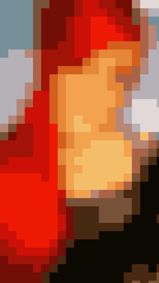 Efter en ganske kort periode som blondine har nanna valgt det knald røde. - Jeg skal lige vænne mig til det, siger hun om den iøjenfaldende forandring.