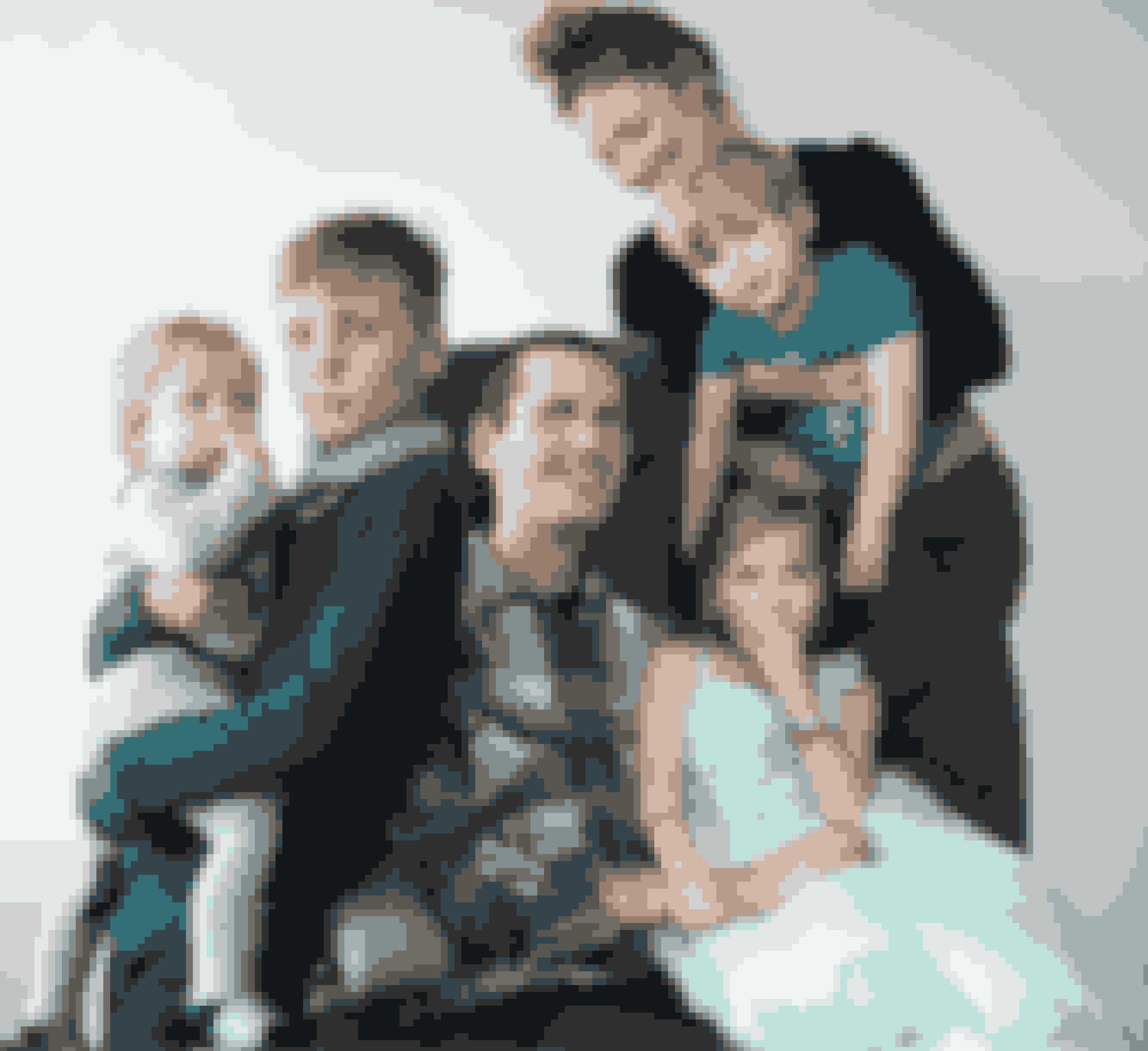 Lasse sammen med Ina og parrets fire børn