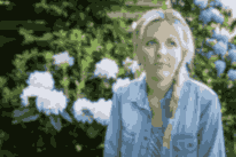Søg støtteTal om problemet med en ven, du stoler på, og som støtter dig. Og find en behandler. En opringning kan være første skridt ind i dit nye liv.– En spiseforstyrrelse går sjældent over af sig selv. Der er brug for professionel hjælp, siger Louise Stokholm.Kilde: Louise Stokholm/Klinik for spiseforstyrrelser i Hellerup og Landsforeningen mod spiseforstyrrelser.