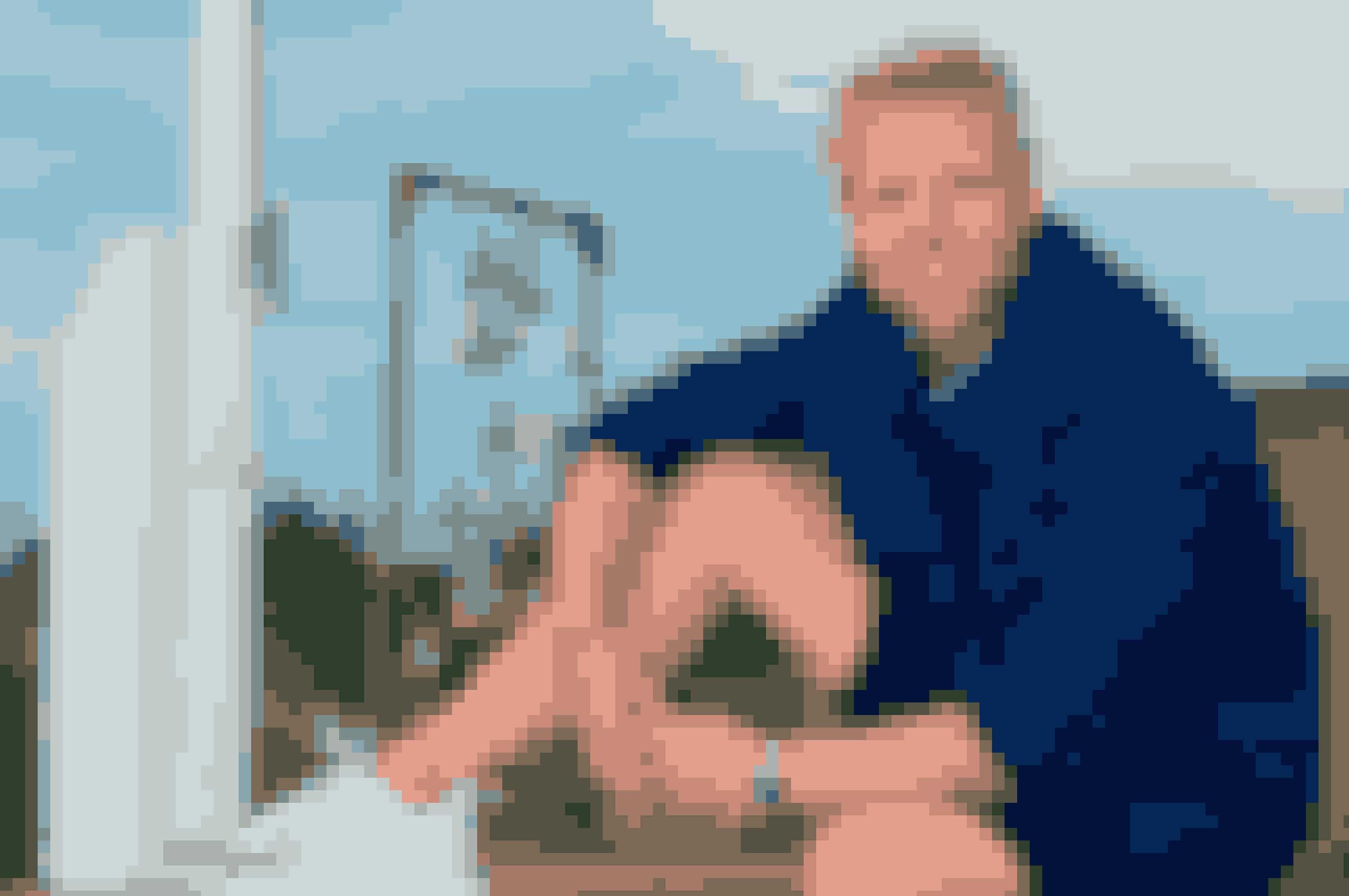 Pelle Emil Rex Hebsgaard er vært i 'Sommerdrømme' på TV 2. (Foto: Henrik Hammel/TV 2)