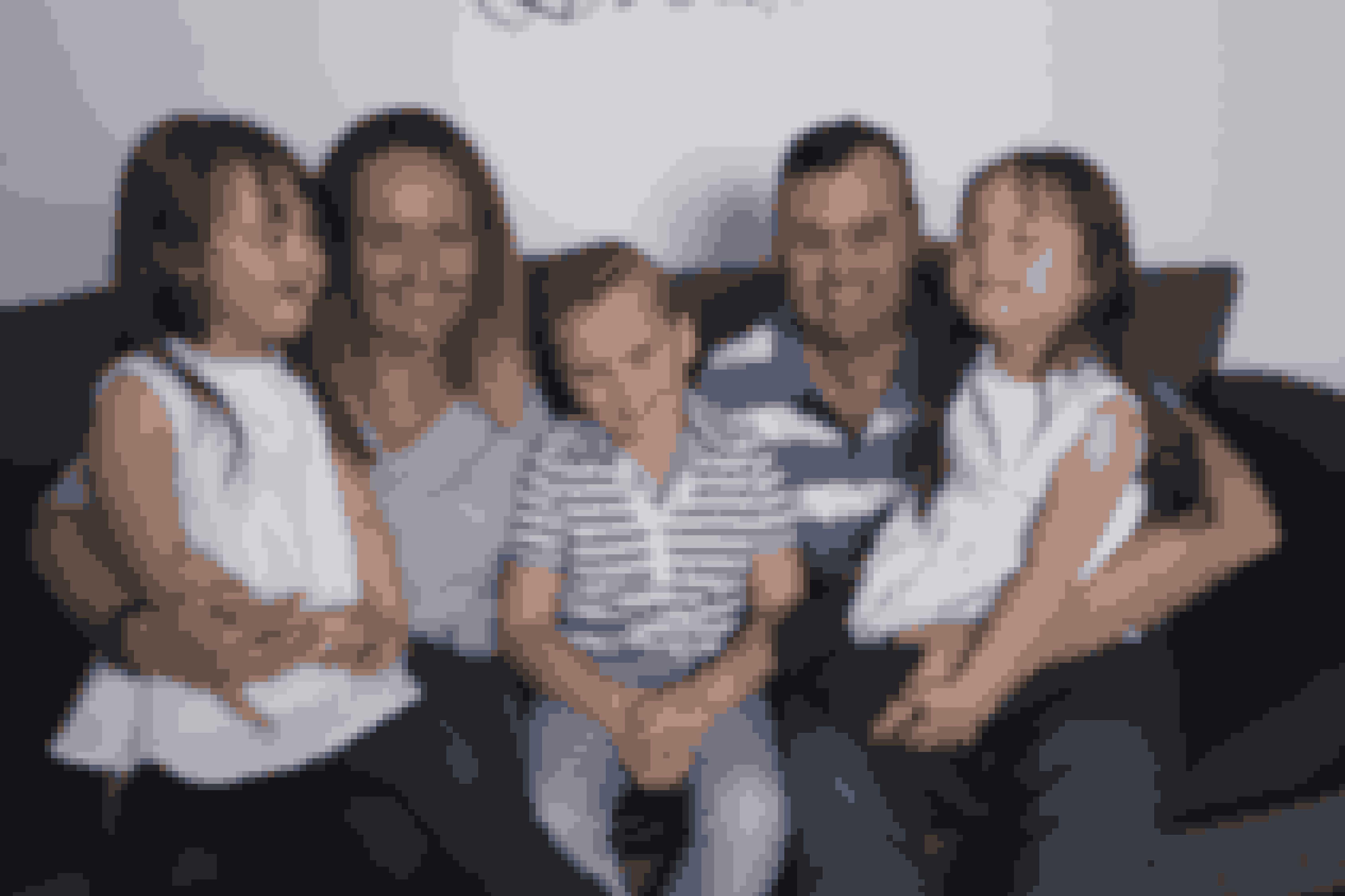 En dejlig familie – med mor og far, Jodi og Matt Parry, og deres tre børn – tvillingerne og storebror Finn på 8 år.