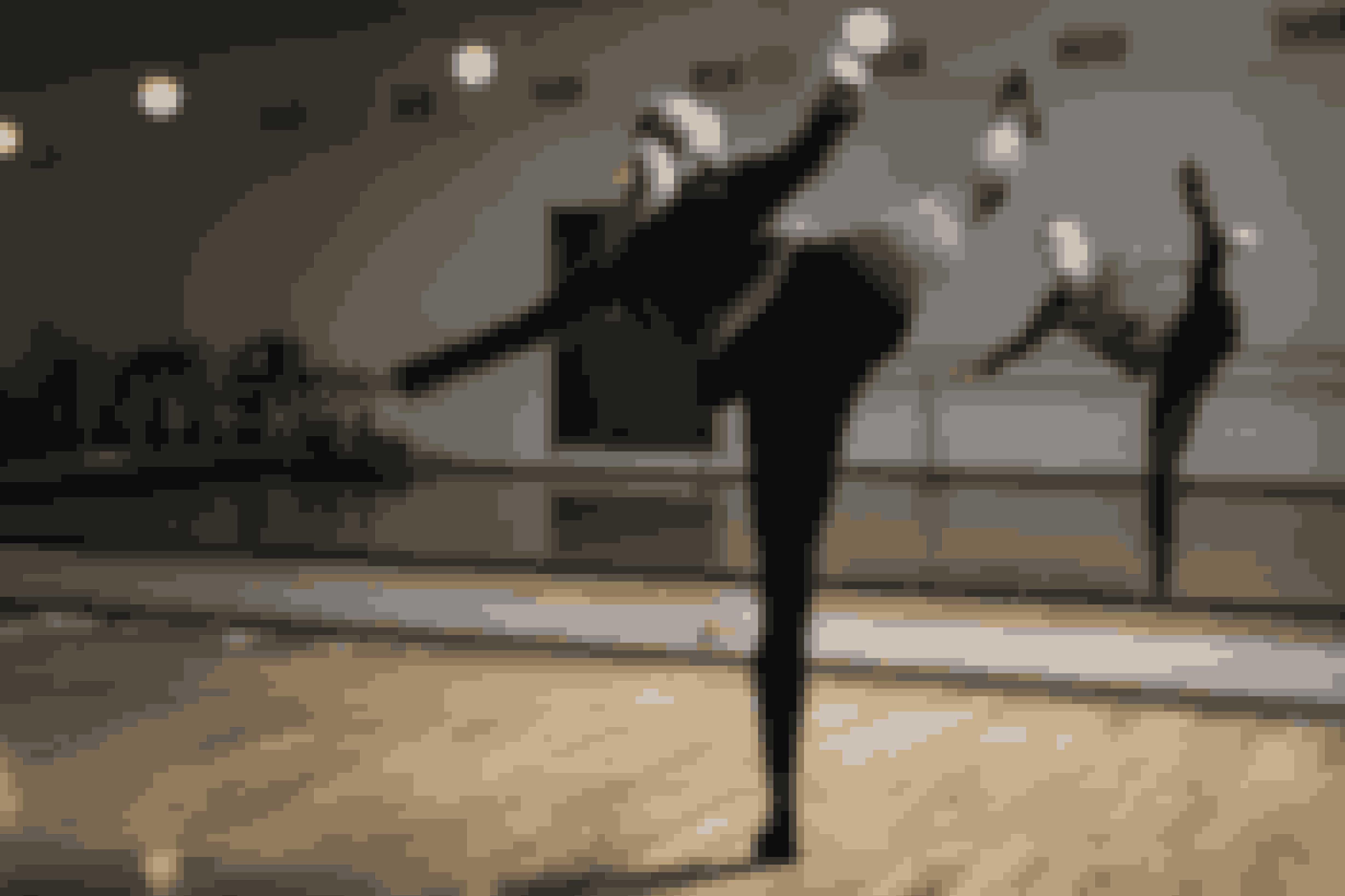 Nu vil Sara udleve sin drøm om at leve af dansen.