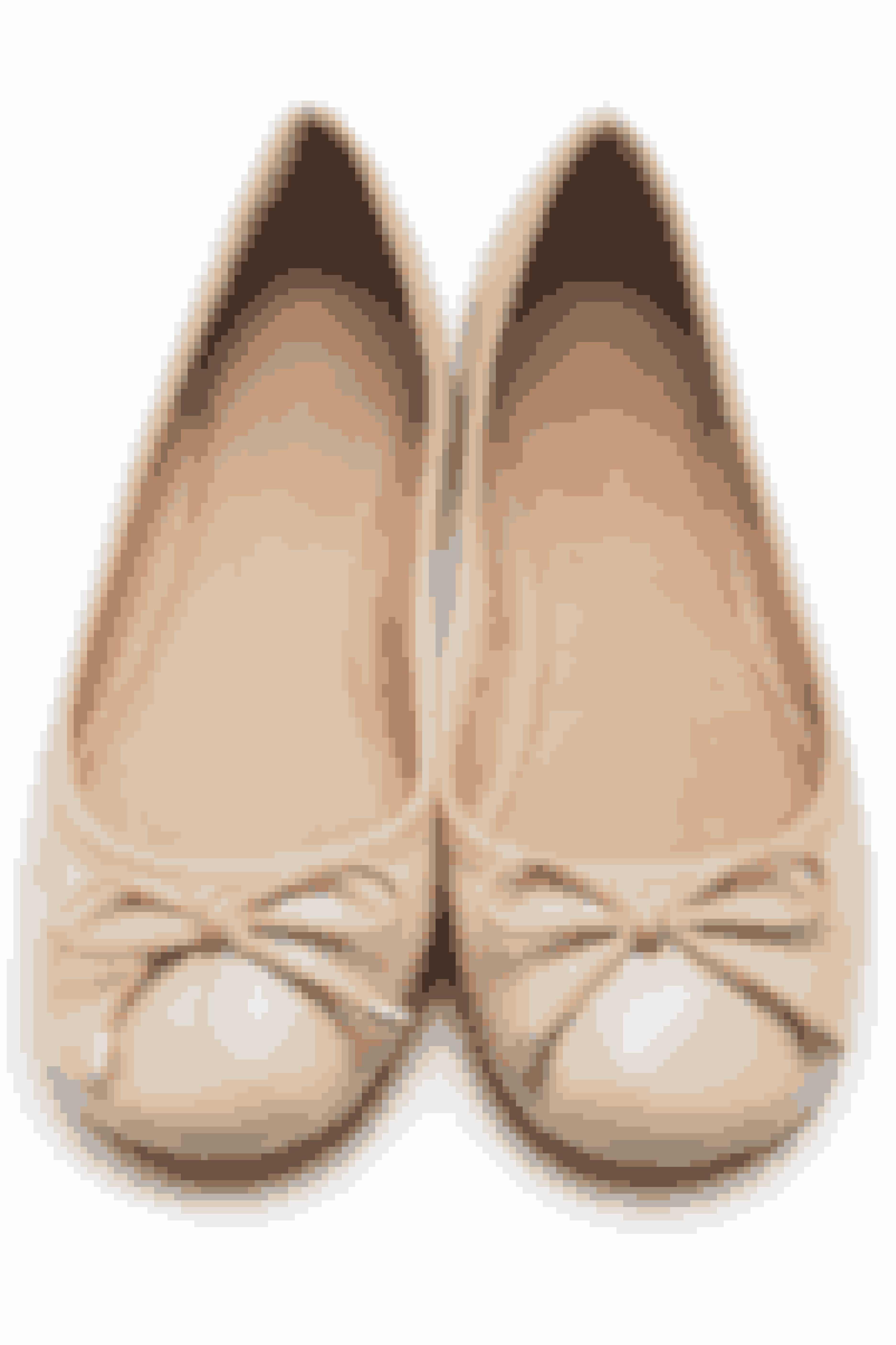 Er dine nye sko glatte? Slib sålen med fint sandpapir, så du ikke glider.G.O.