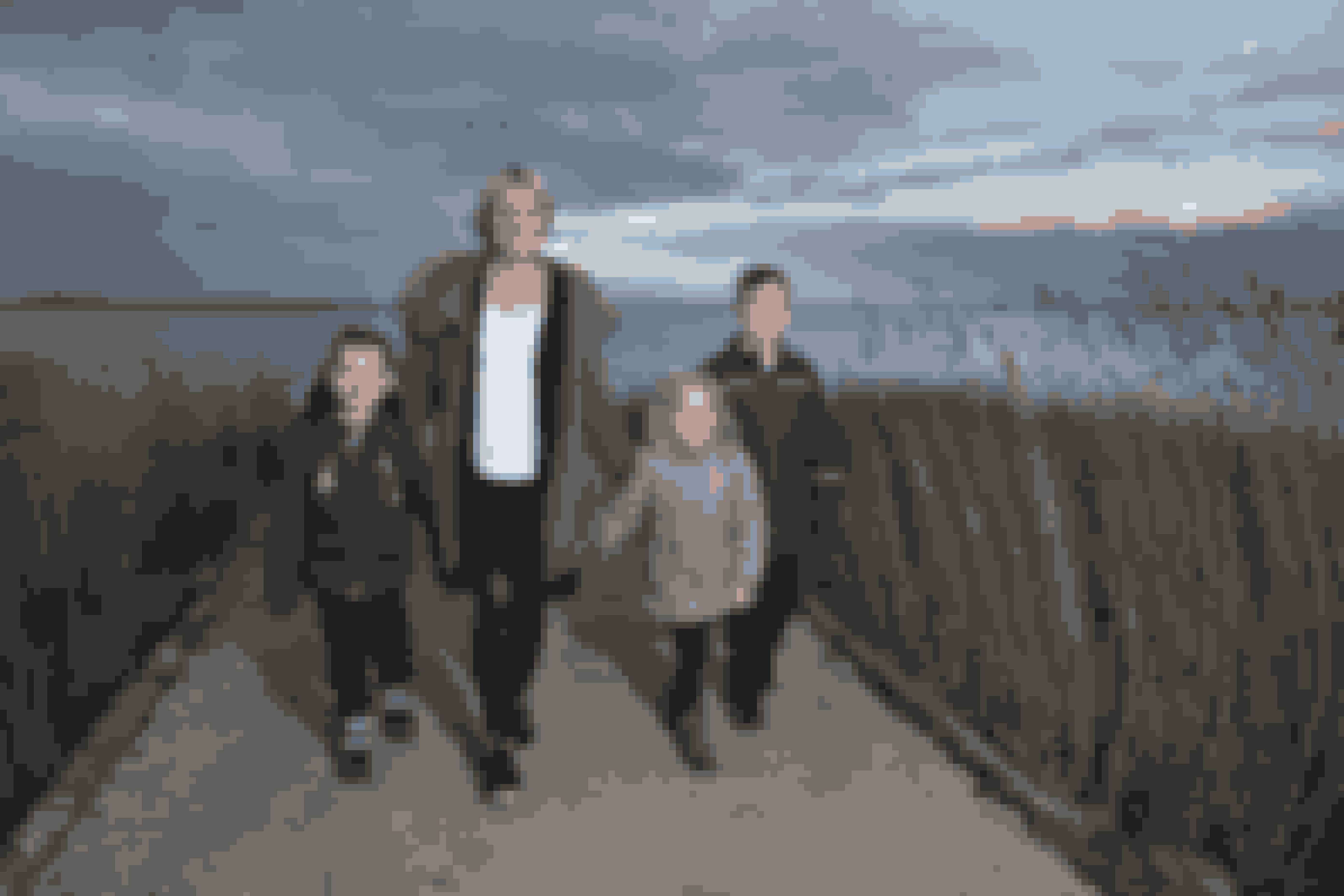 Børnene har nu fået en meget mere aktiv mor. Ofte står den på ture langs Stadil Fjord.