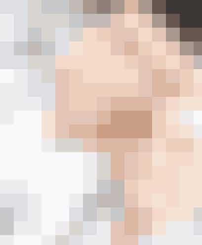 """Perrie Edwards datede Adam Wright i 18 måneder. Hun slog eftersigende op med ham i en sms efter et liveshow i """"X Factor"""" 2011, hvor One Direction optrådte, og hvor hun mødte sin forlovede, Zayn Malik. Vi synes nu også, at Zerrie er et sødere par end Perrie og Adam!"""