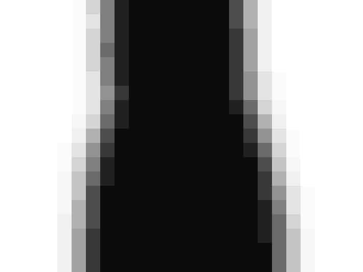 Lille sort kjole fra Vila til 399 kroner. Køb den her.