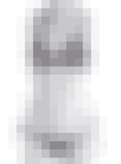 Grafisk bikini med aztekerprint fraPieces. Top, 149,95 kroner og trusser, 129,95 kroner.