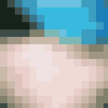 Fodspor i det kridhvide sand, turkisblå himmel og glasklart vand. Taylor Swifts strandbillede er helt perfekt. Brug en app som CamMe, der gør det muligt at tage selfies på afstand, til at tage billedet. Husk at stille telefonen ovenpå noget, så der ikke kommer sand i den.