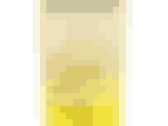 """Har du halvblond hår, som godt kunne klare at blive endnu lysere? Så er denne shampoo fra John Frieda din nye ven! """"Blonde go blonder lightening shampoo"""" fra John Frieda 89 kroner"""