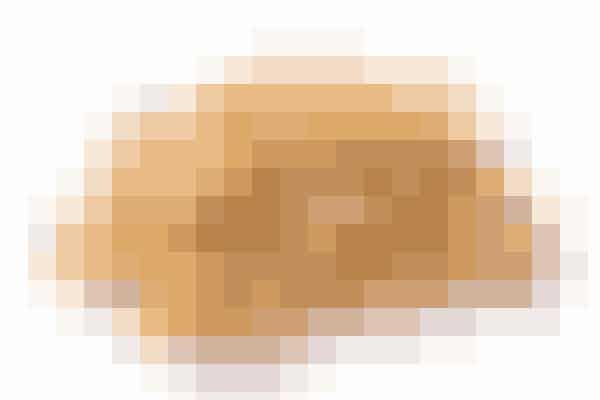 ValnødderValnødden er en af de nødder, som indeholder rigtig mange antioxidanter, hvilket er supersundt for dig. Samtidig er de så smarte, at de øger indholdet af stoffet melatonin, som får dig til at sove godt!