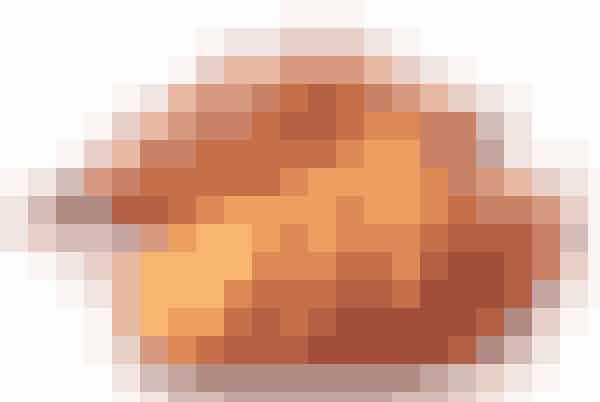 Søde kartoflerSøde kartofler er smækfyldt med C- og E-vitamin, som blandt andet er med til at give huden en smuk og sund glød. De booster immunforsvaret, og samtidig har kartoflerne et højt indhold af fibre, som er med til at holde din mave i form - meganice! Så har du også inspiration til den perfekte aftensmad.