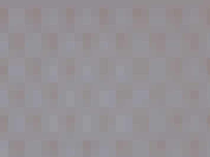 Pynt en enkelt væg på dit værelse med smukt mønstret tapet.Det kunne for eksempel være det her tapet fra Ellos, der koster 399 kroner.