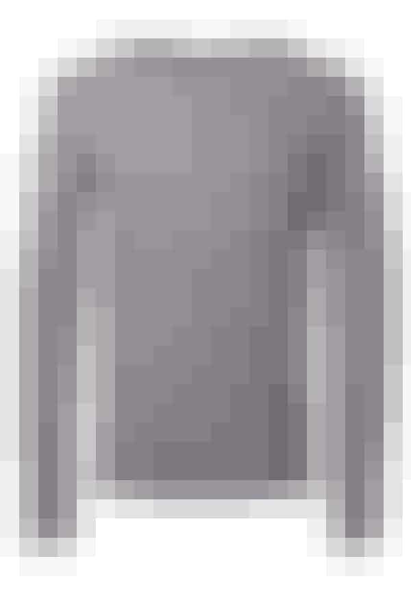 ... ved han, at man altid ser godt ud i en grå strik. Denne her koster 299,95 kroner.